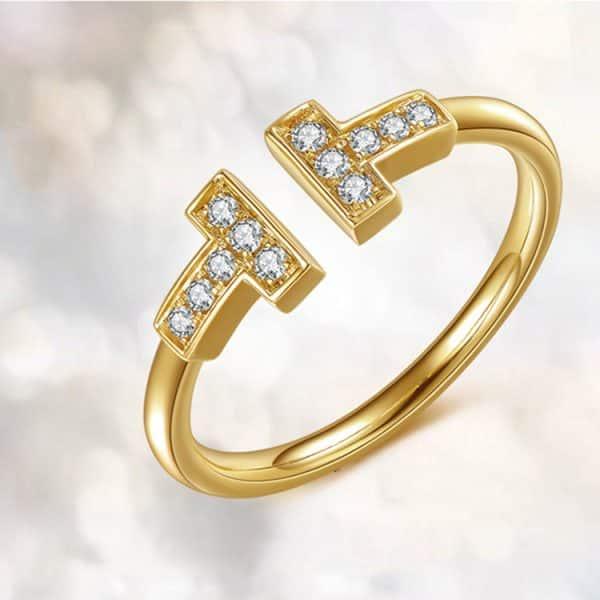 Tiaria 18K T Design Ring 4